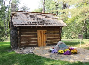log-cabin-chapel